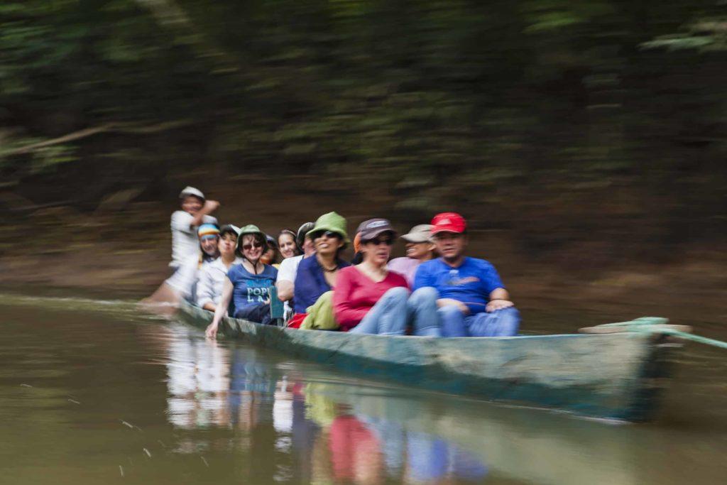 Bote en Amazonia. Casa del Suizo Parque Nacional Yasuní 19