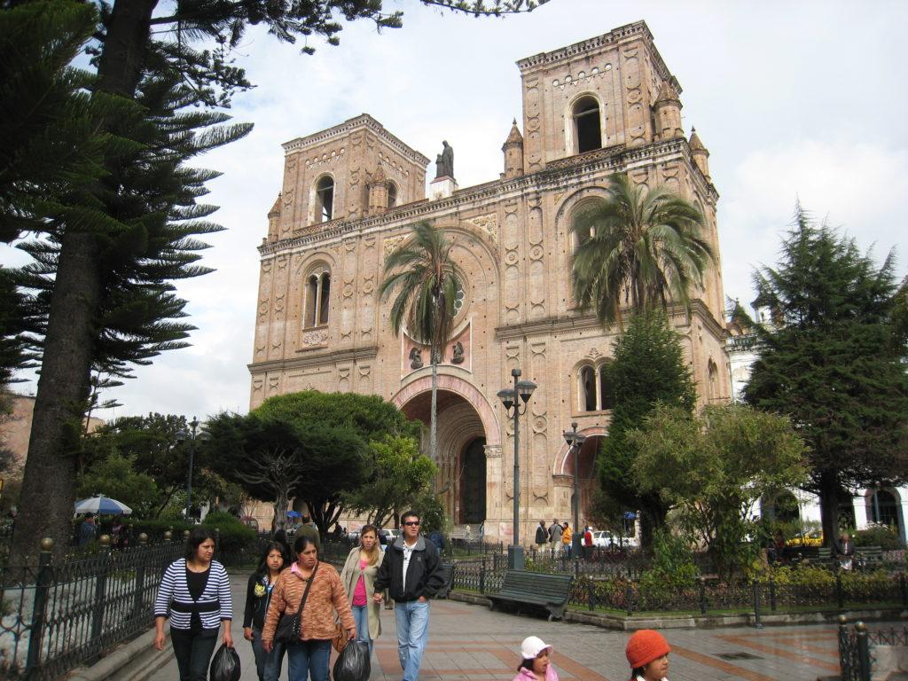 Cattedrale_di_Cuenca_in_Ecuador